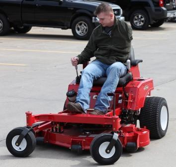 Country Clipper Mowers Surprises Wounded Warrior