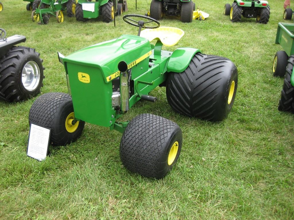 50 Years Of Freedom Celebrating The John Deere Lawn