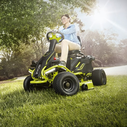 Going Green 2017 Electric Riding Mowers Todaysmower Com