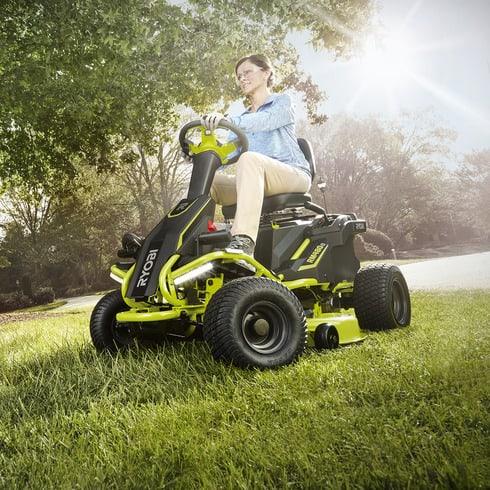Going Green 2017 Electric Riding Mowers Todaysmower Com